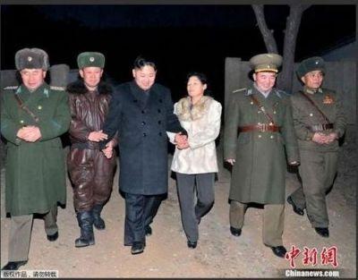 김정은: 50만톤 양식과 25만톤원유으로 얻은 사진