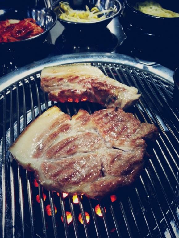 [문치비] 서귀포 근고기 연탄구이 식당