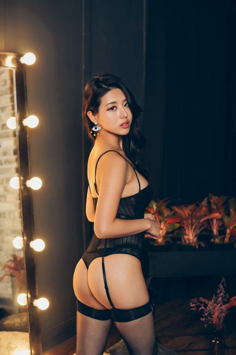 hot Korean lingerie model