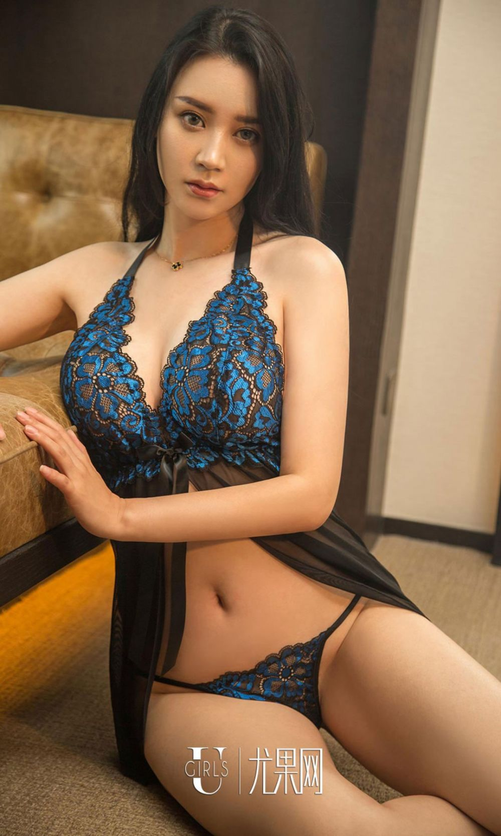 gorgeous Chinese in lingerie